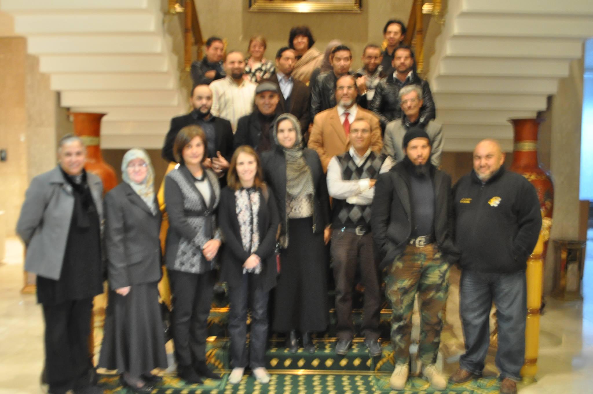 حوار تشاوري حول قضاياالأمن و الحوار الوطني ، و خارطة الطريق الجديدة